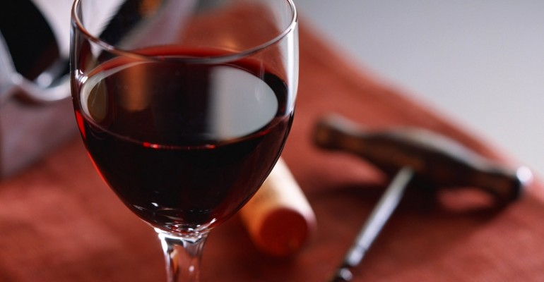 Red Wines are bad for your teeth. Opt for White Wines or clean teeth immediately after. Dental Cleanings, Worcester, Milbury, Shrewsbury, Auburn MA.