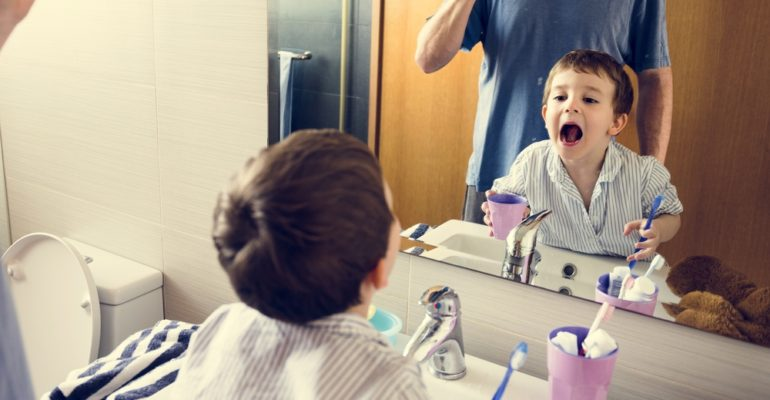 Your Kids Will Love Brushing Their Teeth with These 5 Dental Apps